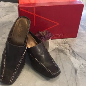 Aerosoles Chocolate brown mule/slides (Snap to it)